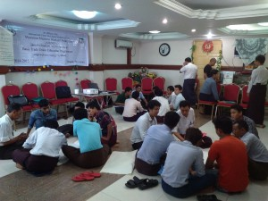 The Myanmar Maritime Workers Federation holds a training day for organisers